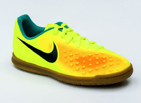 NIKE JR MAGISTAX OLA II IC  (1)